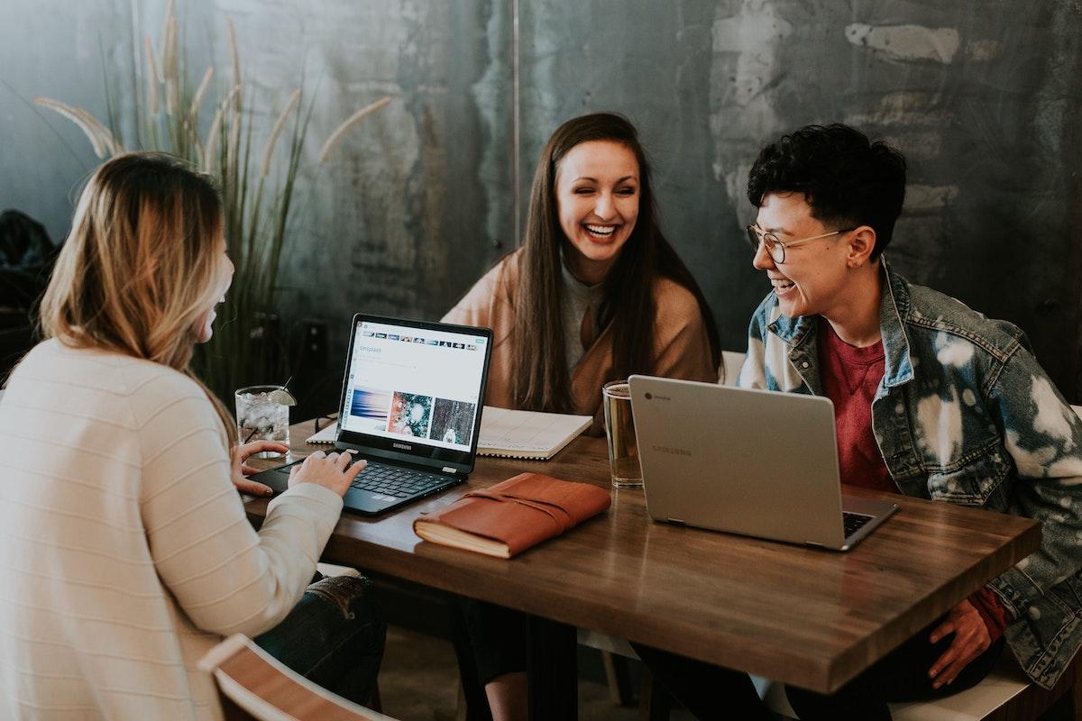 Arbeitskultur, Startups, Smalltalk, Führung, Emotionen
