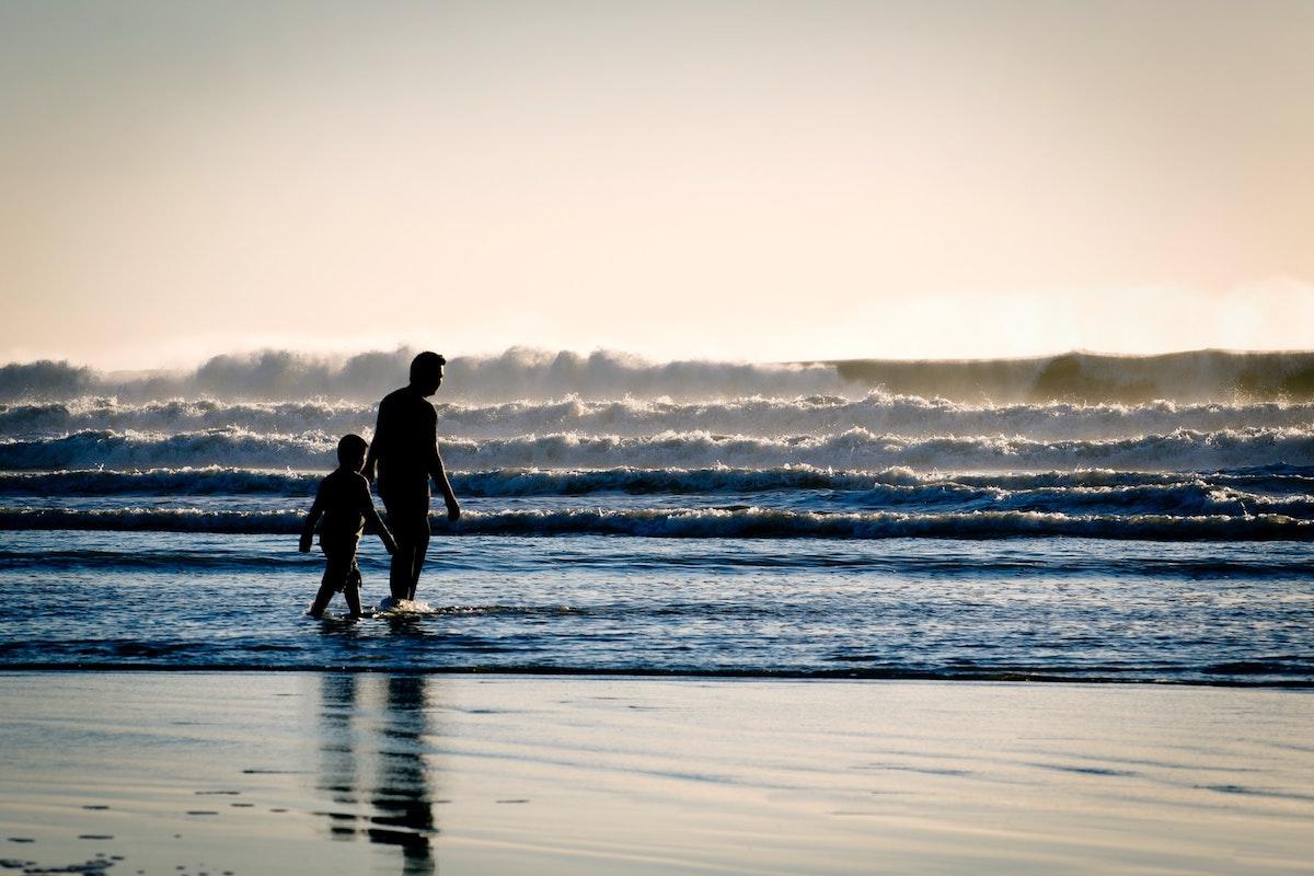 Kind, Vater, Strand, Meer