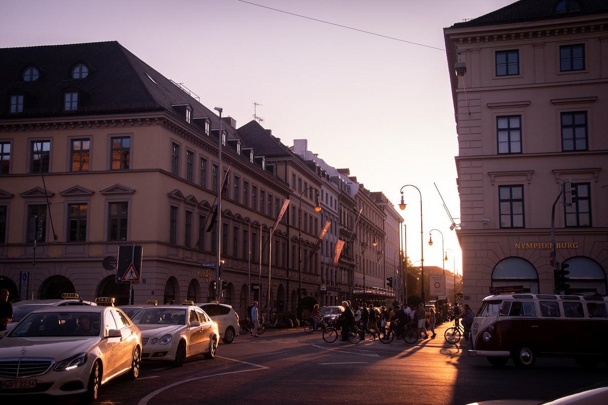Berlin, Straße, Verkehr, Fußgänger