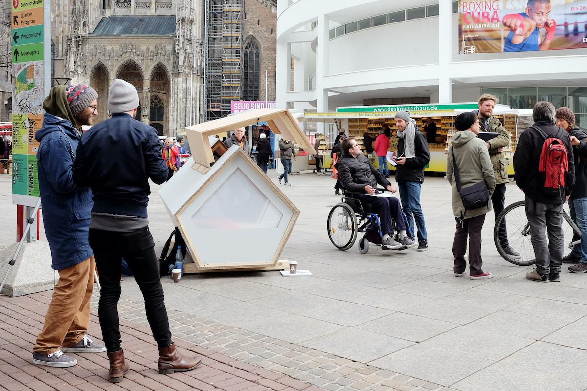Schlafkapseln für Obdachlose gegen Kälte und Erfrieren im Winter, Ulmer Nest