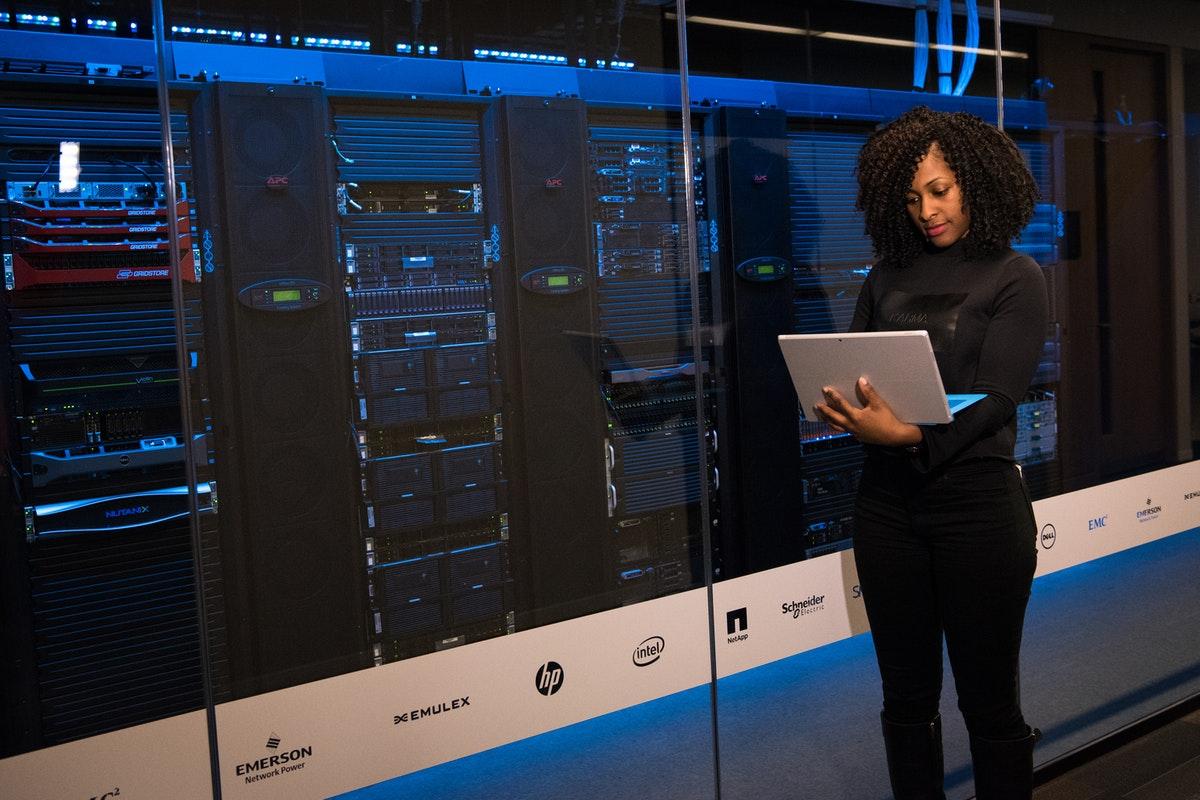 Server, Rechner, Rechenzentrum