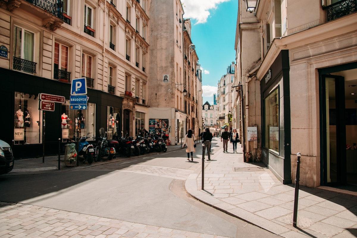 Paris, Innenstadt, Straße ohne Autos