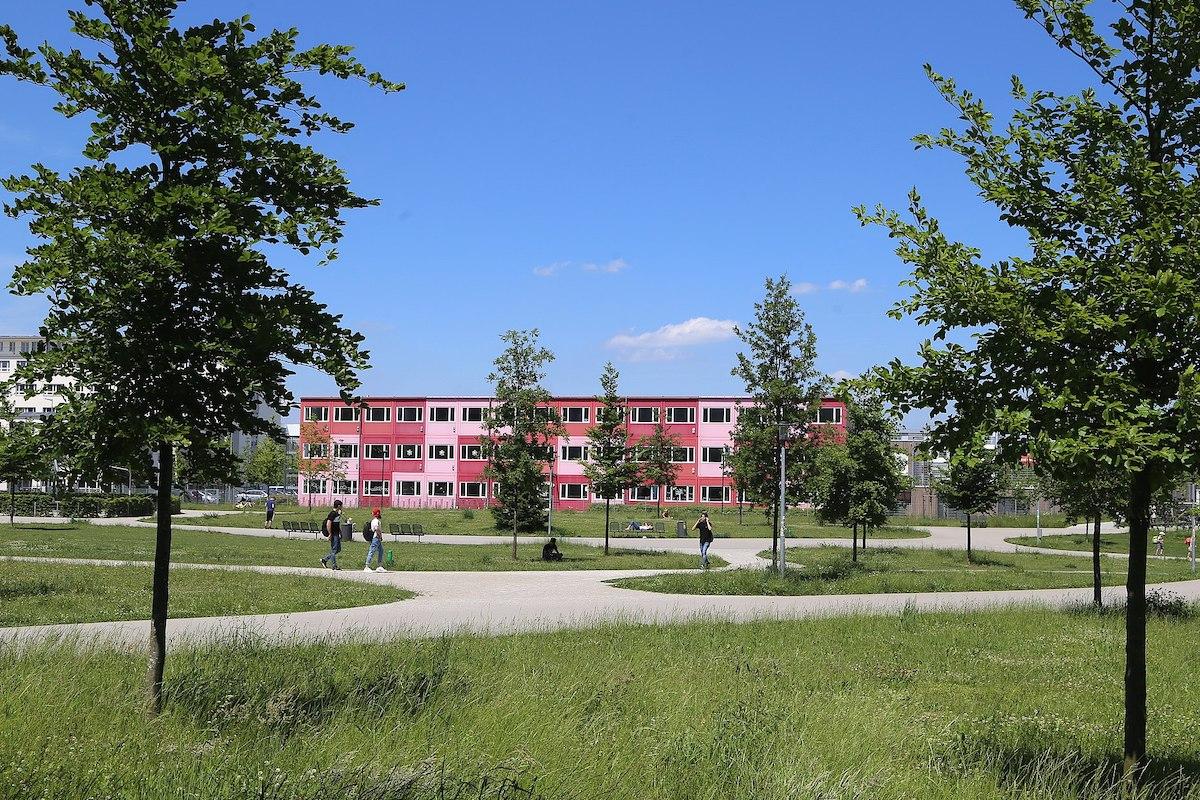 Grundschule-Baierbrunner_Str._61-Muenchen